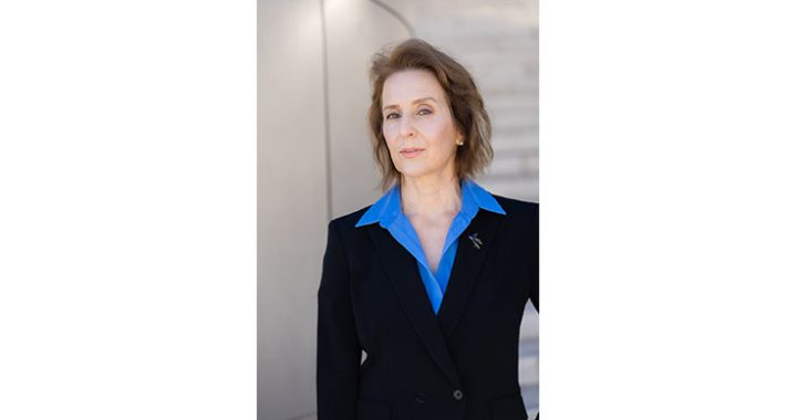 Lisa Gillette — Top Executive and Keynote Speaker